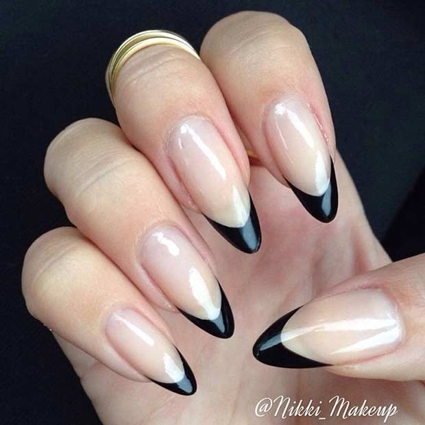 The Perfect Manicure For A Crazy Night Out Bination Of Black And Silver Will Never Go Style