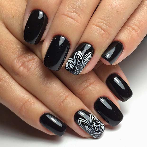 Black Henna Nail Art Design