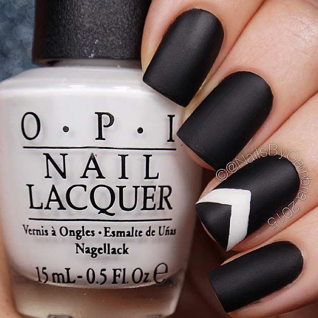Black Nails with a Pop of White