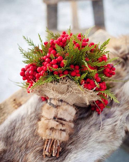 Winter Berries Bouquet for a Winter Wedding