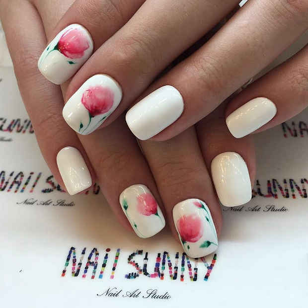 White Nails with Delicate Flower Nail Art for Spring 2017