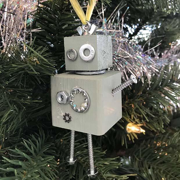 21 Easy DIY Christmas Ornaments