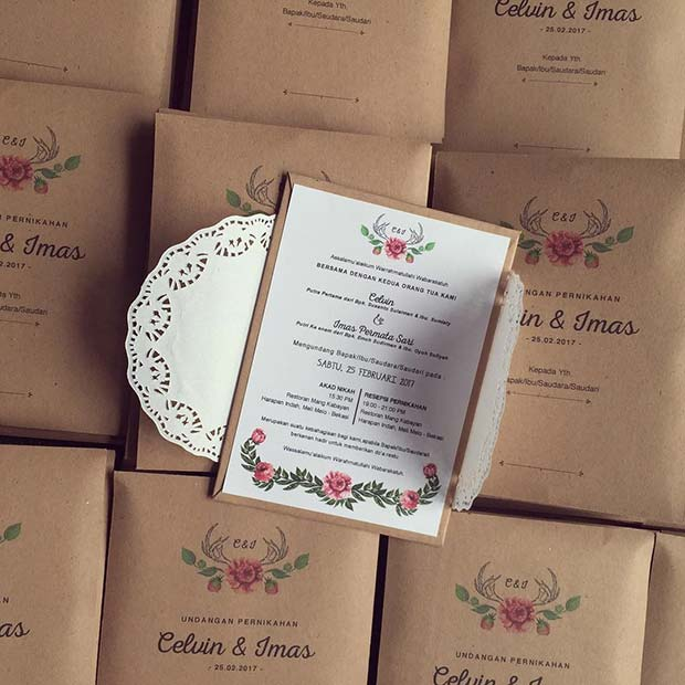 Pretty Vintage Wedding Invitations
