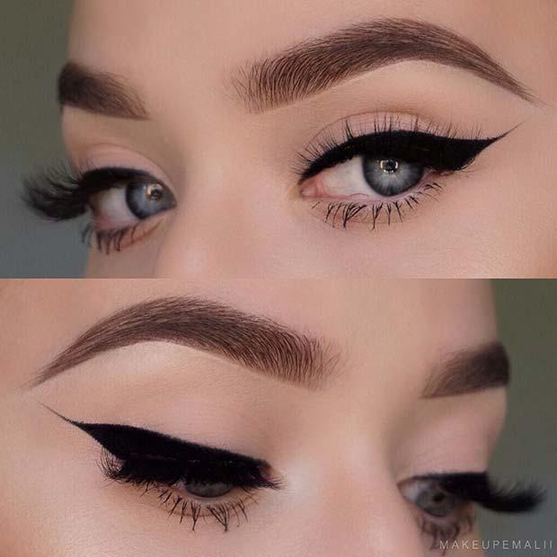 Chic Black Eyeliner Makeup Look