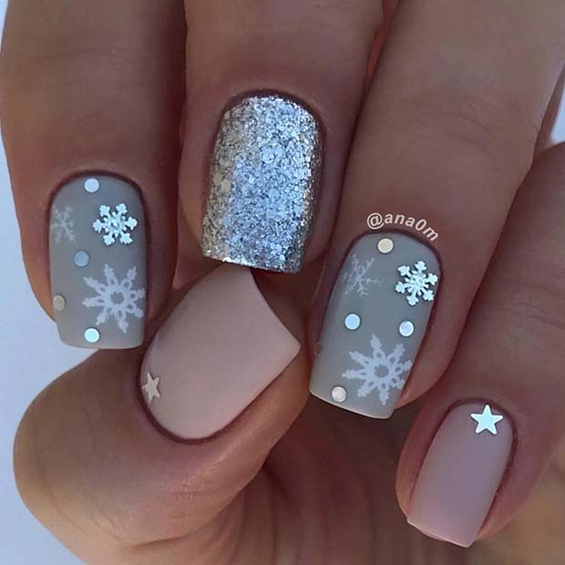 13 Holiday Nails to Get You Into the Christmas Spirit \u2013 OBSiGeN