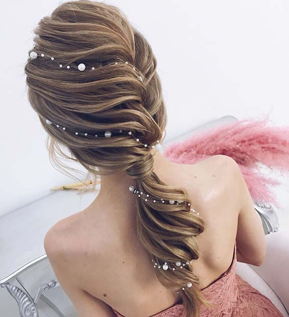 Stunning Ponytail with Pearls