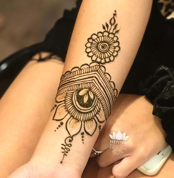 Floral Henna Designs: Lovely Henna Designs That Are Easy To Repeat
