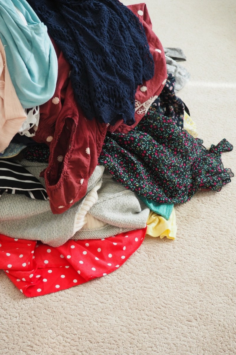 my closet purge (and how you can easily do it too)