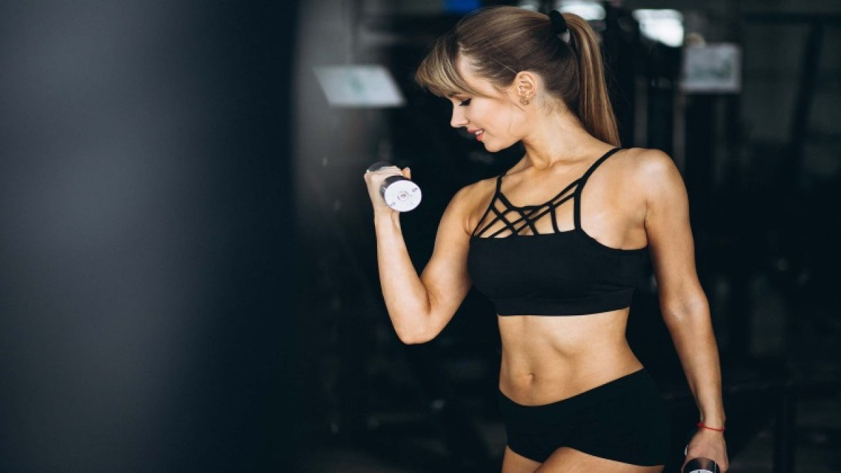 HOW TO STAY SUPER FIT?