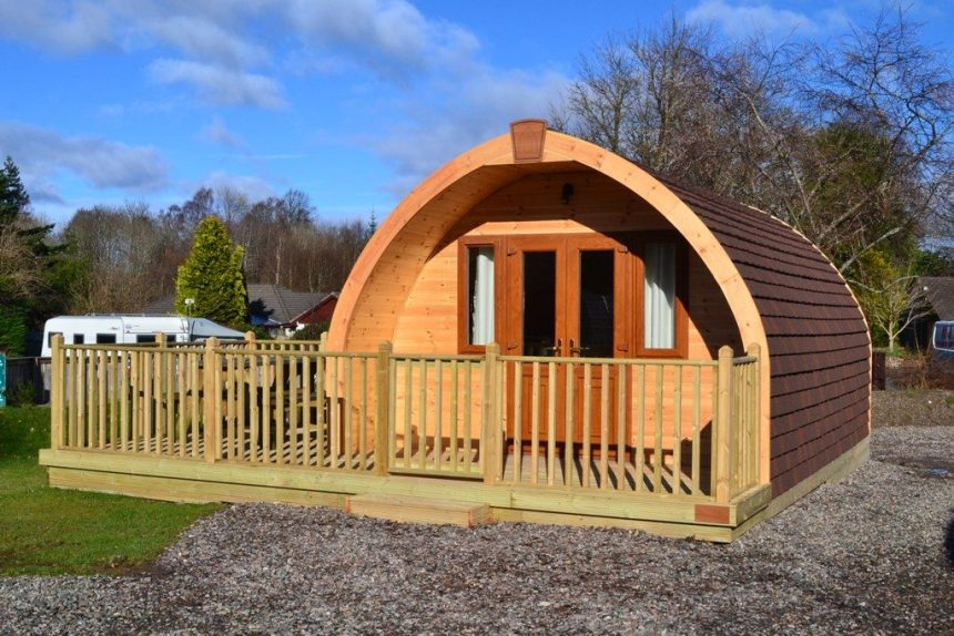 This cosy timber glamping pod at Deeside Holiday Park in Aberdeenshire boasts a kitchen area and shower