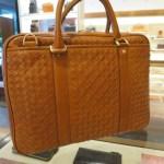 ボッテガヴェネタ風の高級なバッグ