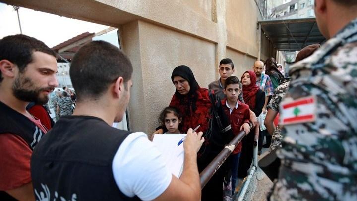 ترحيل السوريين من لبنان