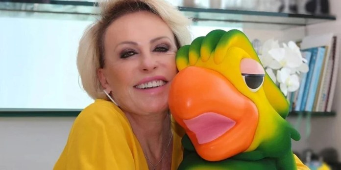 "Ana Maria Braga and Louro José at ""More you"" (Photo: Playback / TV Globo)"