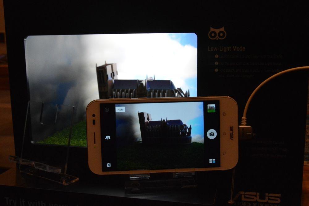 ASUS世界最薄ZenFone Zoom開賣 售價13,990/15,990!