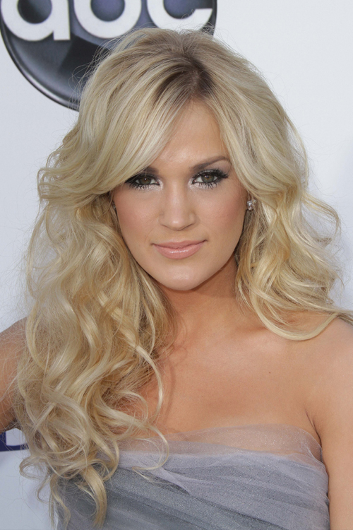 Carrie Underwoods Hairstyles Amp Hair Colors Steal Her Style