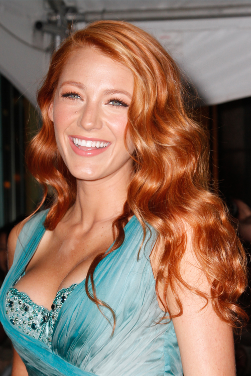 Blake Lively Wavy Ginger Side Part Hairstyle Steal Her Style