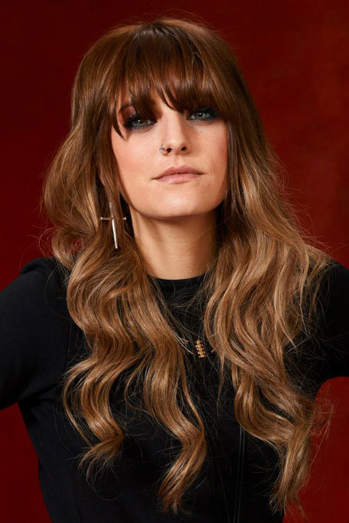 Juliet Simms Wavy Light Brown Straight Bangs Hairstyle