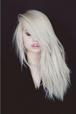 celebrity platinum blonde hairstyles steal her style