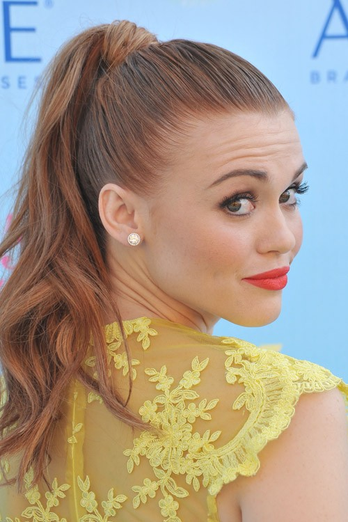 Holland Rodens Hairstyles Amp Hair Colors Steal Her Style