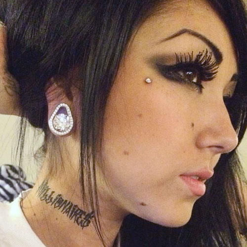 19 Celebrity Stretched Ear Piercings Page 2 Of 2 Steal