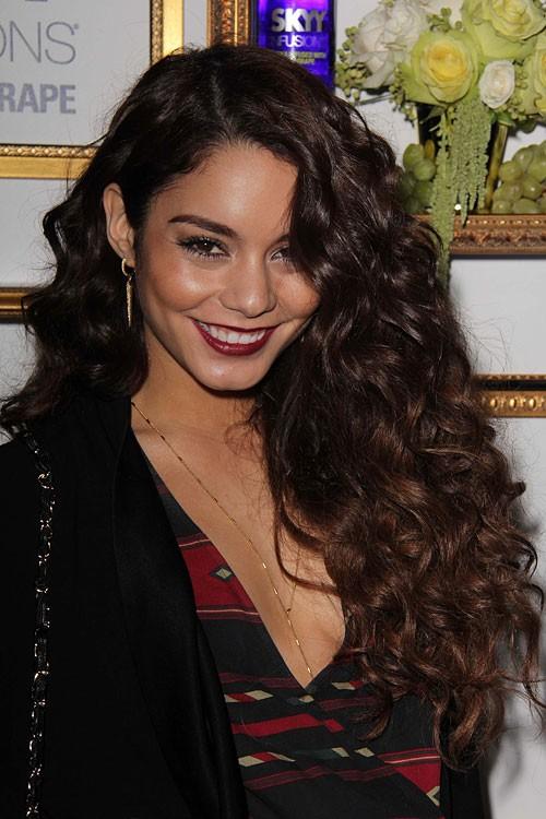 Vanessa Hudgens Wavy Dark Brown Barrel Curls Faux Sidecut