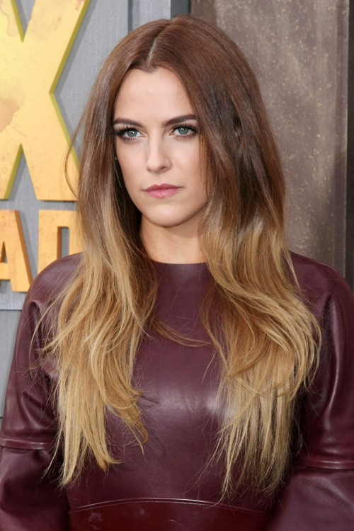Riley Keoughs Hairstyles Amp Hair Colors Steal Her Style
