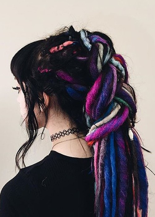 Rena Lovelis Hairstyles Amp Hair Colors Steal Her Style
