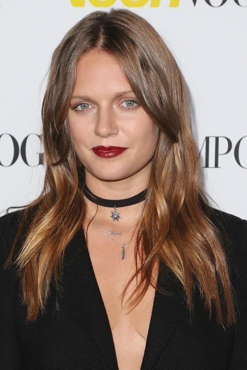Tove Lo Straight Medium Brown Long Layers Hairstyle