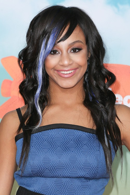 Nia Sioux Fraziers Hairstyles Amp Hair Colors Steal Her Style