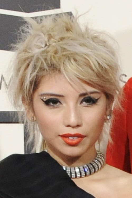 Kirstin Maldonados Hairstyles Amp Hair Colors Steal Her Style