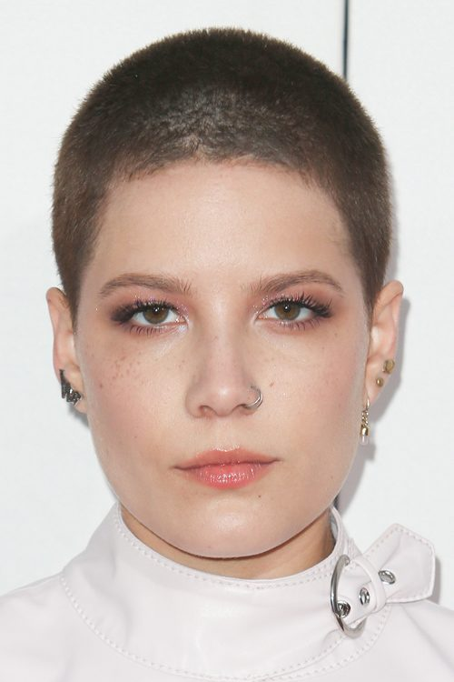 Halseys Hairstyles Amp Hair Colors Steal Her Style Page 2