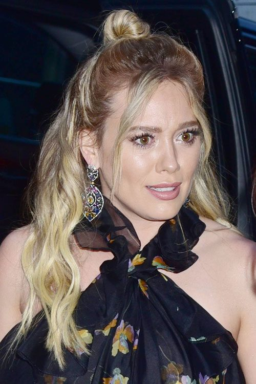 Hilary Duffs Hairstyles Amp Hair Colors Steal Her Style