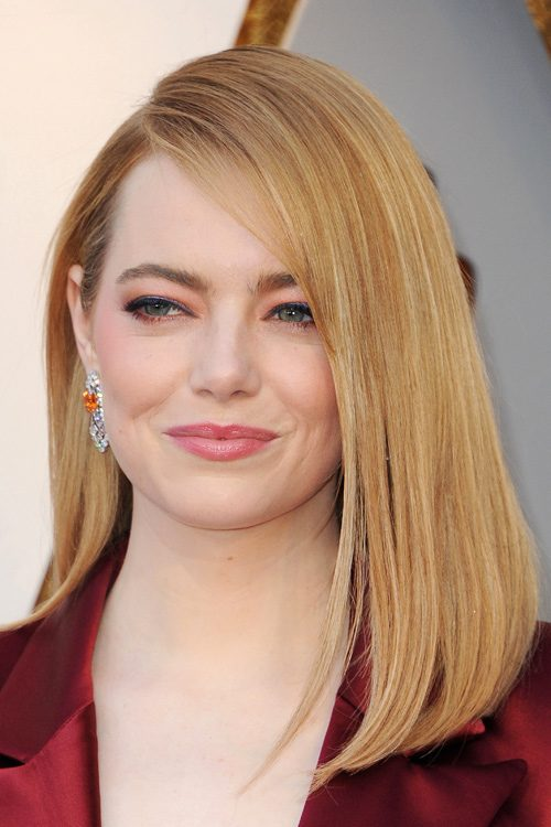 Emma Stones Hairstyles Amp Hair Colors Steal Her Style