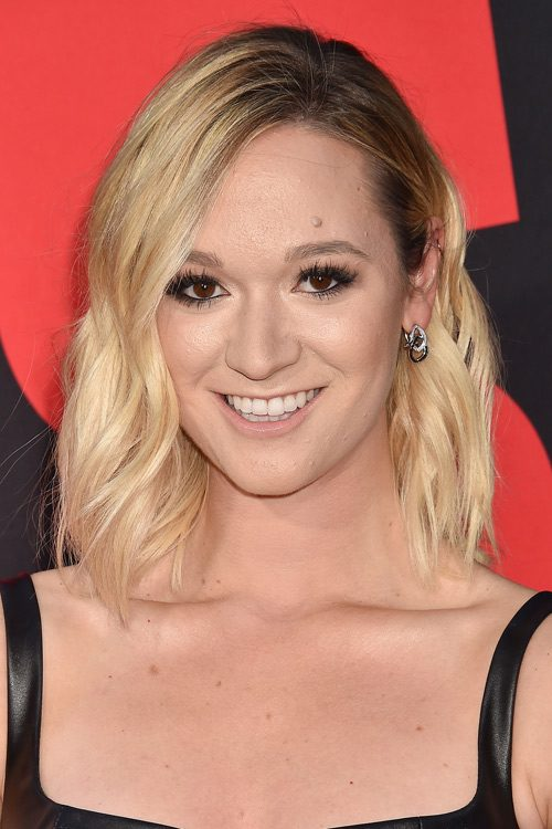 Alisha Maries Hairstyles Amp Hair Colors Steal Her Style