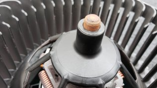 Clearly, some moisture or humidity makes its way to the blower, but I do not believe this rust contributes to noise...