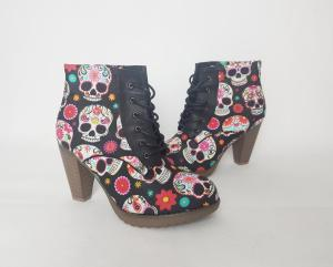 Women boots, sugar skull, day of the dead, rock your sole, gift for her, skull, pastel goth, creepy cute, harajuku, fairy kei, pink boots