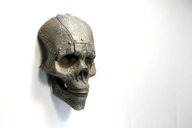 SKOKO. Robot skull mask. Steampunk face wall art. Post-apocalyptic sculpture old prop. Handmade piece by Tomàs Barceló. 1