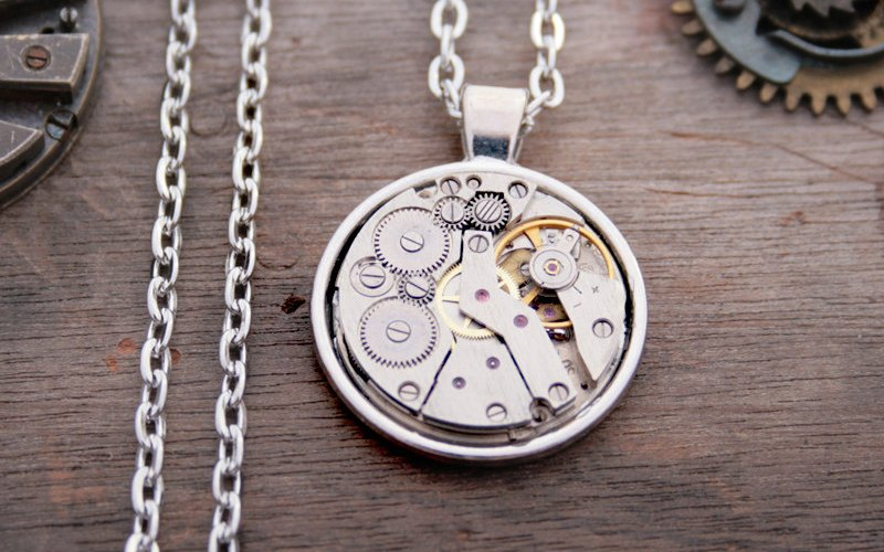Steampunk-Statement-Necklace-Watch-Movement-Unisex-Necklace-Vintage-Clockwork-Pendant-Necklace-Industrial-Jewellery-Watch-work-4