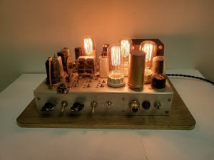 Upcycled Radio Chassis Table Lamp