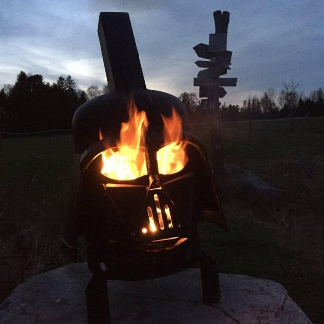 Darth Vader Wood Burner - Darth Vader Fire Pit - Star Wars Fire Pit - Darth Vader Helmet - Metal Art - Fire Pit - Wood Burner 5