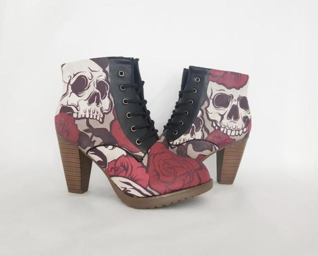 Skull boots, custom shoes, steampunk, boots, halloween, grunge, gothic, women shoes, custom skull shoe, alternative, goth style, patform