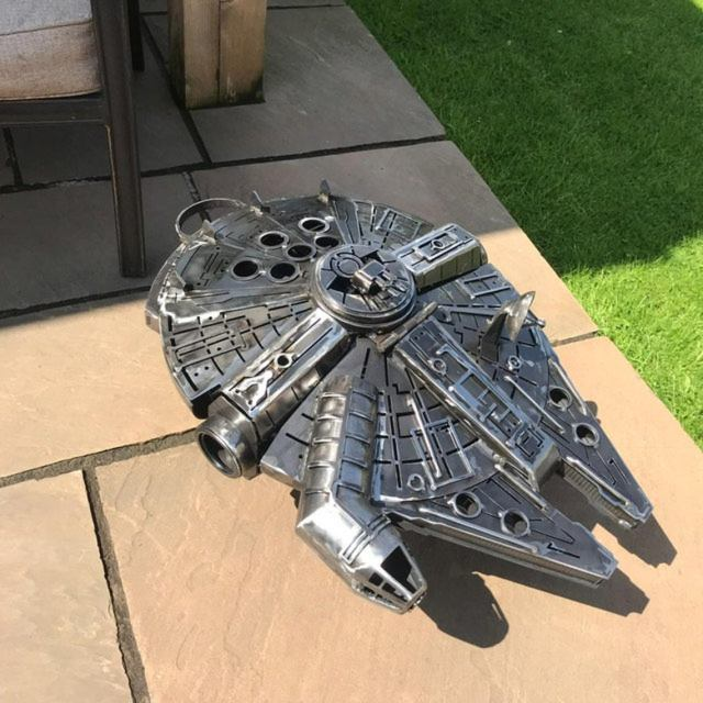 Star Wars - Metal Art - Millennium Falcon - Fire Pit - wood burner  3