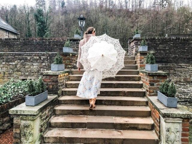 VON LILIENFELD® Lace Bridal Wedding Umbrella Parasol Woman Vivienne, Creme 1
