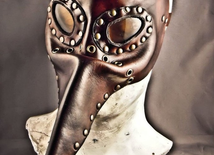 Steampunk leather mask - Plague Doctor - Pestarzt - 3 All photos credited to I Leather Craft