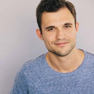 Evan Ayers