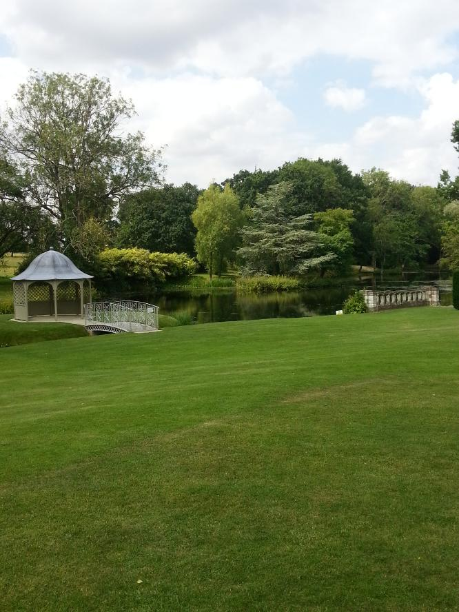 Longstowe Hall | wedding venue Steelasophical Steelpan for your Drinks Reception Gardens and stream