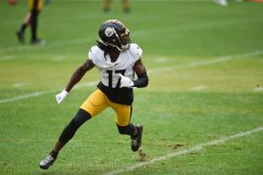 Pittsburgh Steelers wide receiver Deon Cain (17) trains at Heinz Field during the Steelers 2020 Training Camp, Wednesday, Sept. 2, 2020 in Pittsburgh, PA. (Caitlyn Epes / Pittsburgh Steelers)