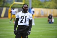 Pittsburgh Steelers running back Wendell Smallwood (21)practices at the UPMC Rooney Sports Complex preparing for a Week 1 matchup against the New York Giants, Monday, Sept. 7, 2020 in Pittsburgh, PA. (Karl Roser / Pittsburgh Steelers)