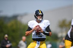 Pittsburgh Steelers quarterback Mason Rudolph (2) practices at the UPMC Rooney Sports Complex preparing for a Week 1 matchup against the New York Giants, Wednesday, Sept. 9, 2020 in Pittsburgh, PA. (Karl Roser / Pittsburgh Steelers)