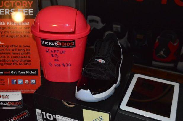 sneakers 14
